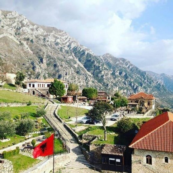 тур в Албанію