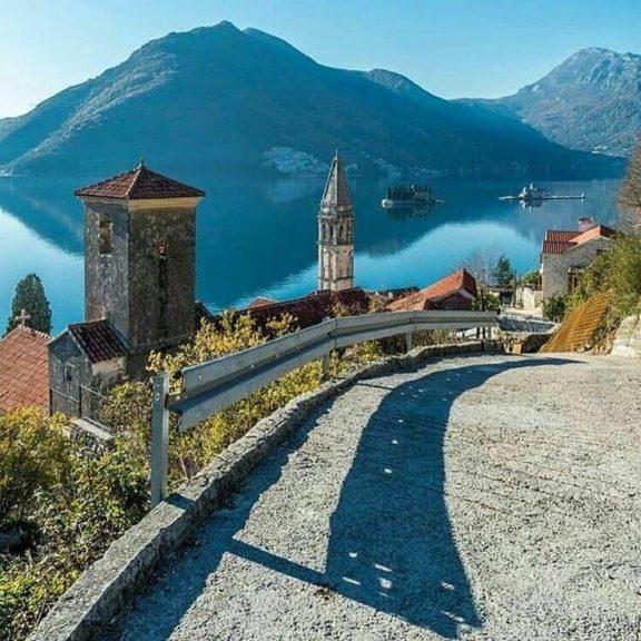 тур в Чорногорію